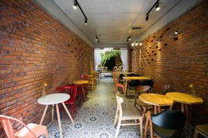 Mẫu nhà phố 2 tầng vừa ở vừa kết hợp kinh doanh quán cafe