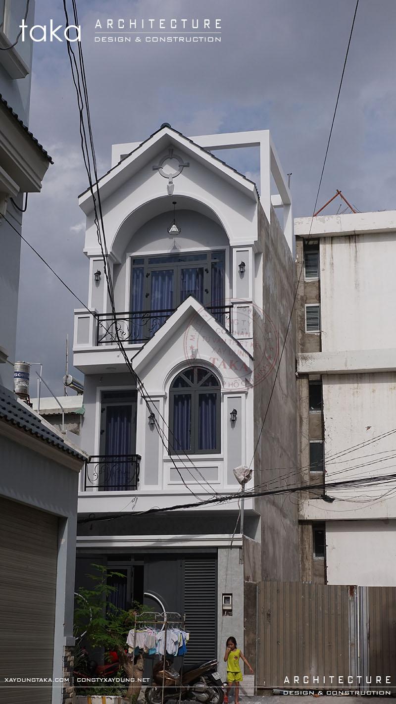Thi công nhà phố 3 tầng tân cổ điển 4x10 mái thái